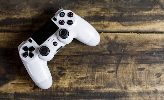 PlayStation 4 Controller-min (1)